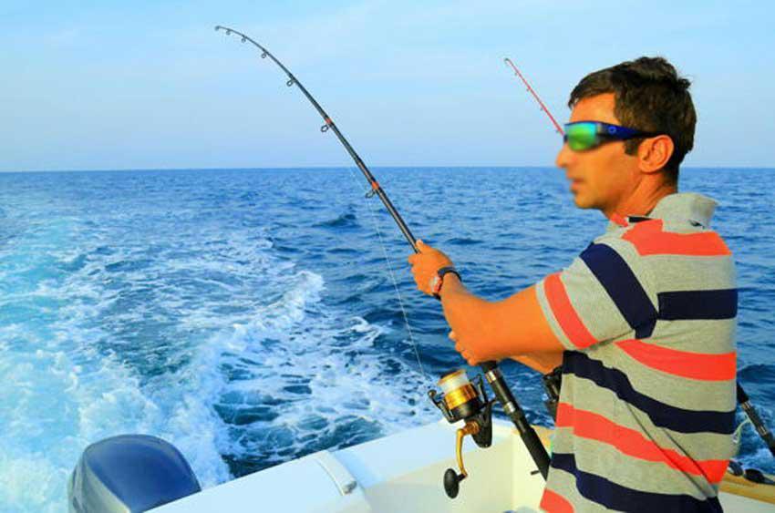 پکیج ۳ ساعتهvip ماهیگیری کلوپ مارینا کیش  – ساحل مرجان